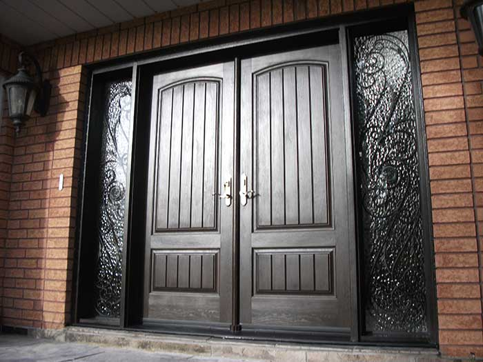 Windows and doors toronto rustic doors fiberglass rustic for Double door with side windows