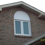 Window installation with special shap aluminum capping