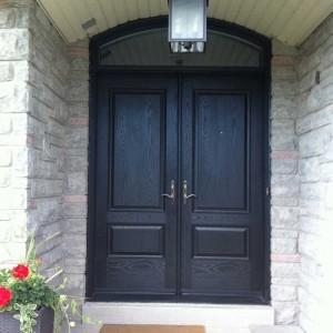 Executive Door- woodgrain Door with Matching Acrh Ransom & Multi Point Locks installed in Woodbridge Ontario by Windows and Doors Toronto