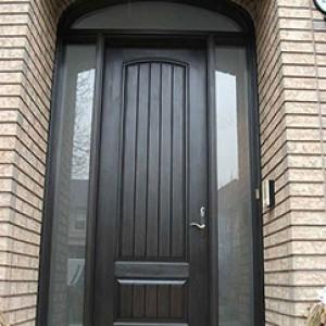 Rustic Fibergass Doors installed by windowsanddoorstoronto.ca