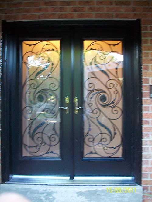 Smooth Julleitta Design Fiberglass Doors with Multi Point Locks Installed by Windows and Doors Toronto