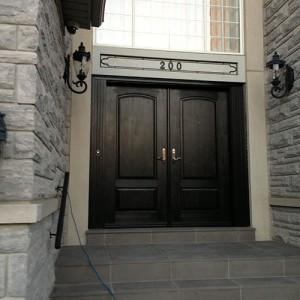 Custom Fiberglass Doors installed in Oakville by windowsanddoorstoronto.ca