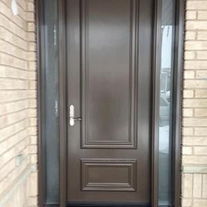 Smooth fiberglass door with 2 frosted side lite insalled in Aurora by windowsanddoorstoronto.ca