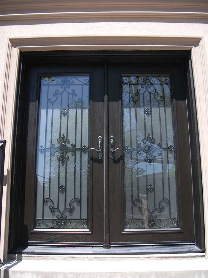 Wood grain Fiberglass Doors, Paris desin Doors with Multi Point Locks Installed by Windows and Doors Toronto in Hamilton