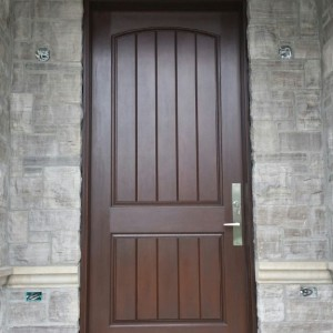 Rustic Mahogany Fiberglass Front Ddoor with Transom installed in Oakville by Windows and Doors Toronto