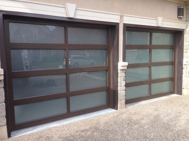 Contemporary Garage Doors- Modern Garage Doors- Aluminum Garage Doors with Door Lites installed in Toronto by modern-doors.ca