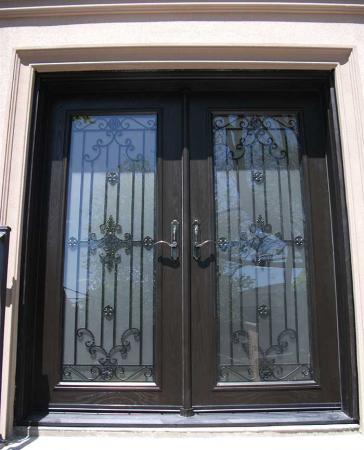 Woodgrain Exterior Doors-Woodgrain doors-Front Entry Doors-Wood grain Fiberglass Doors-Paris desin Doors with Multi Point Locks Installed by Windows and Doors Toronto in Hamilton